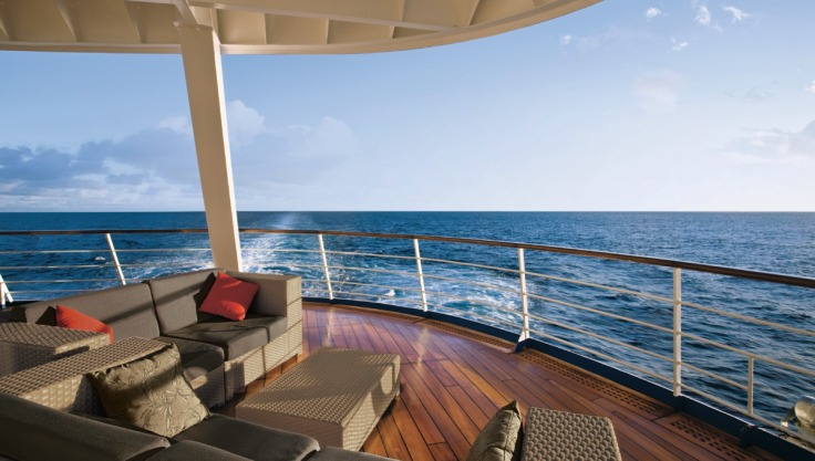 3778-regent-seven-seas-voyager-at-sea